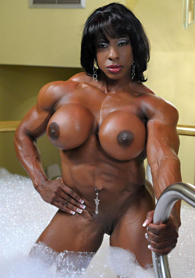 Can Naked muscle girl in bed