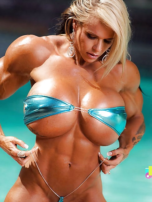 sexymuscularwomen-porn-michelle-with-her-head-up-her-ass